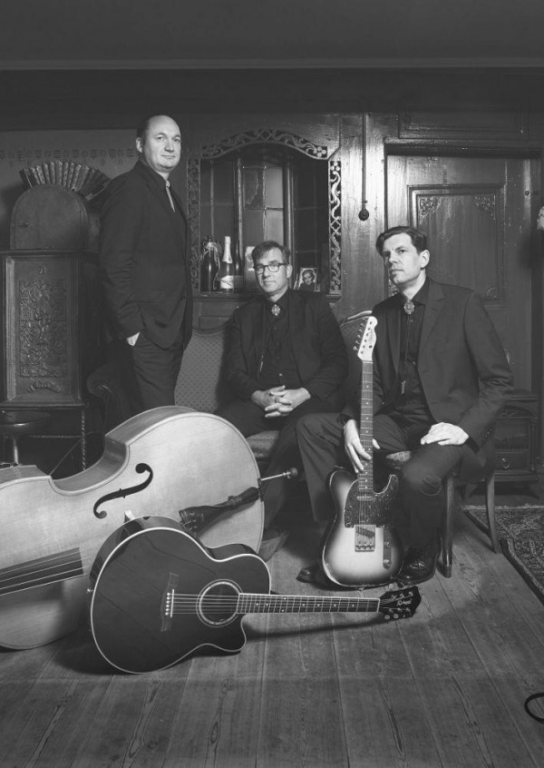 05.12.2020 um 19:00 Uhr The Line Walkers Trio